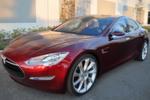 Im Tesla S ist Platz für fünf Erwachsene und zwei Kinder.