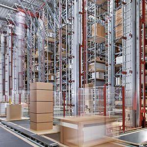 Das siebengassige Hochregallager bildet das Kernstück eines von PSB realisierten Komplettsystems, das dem französischen Küchenmöbelhersteller Salm ein hohes Effizienzpotenzial erschlossen hat. Bild: PSB
