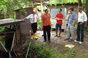 Forscher des Institutes für Wasserbau und Ingenieurhydrologie der Technischen Universität Wien untersuchen in einem Testgebiet die unterschiedlichen Wasserflüsse vom Niederschlag bis zum Abfluss im Gewässer.