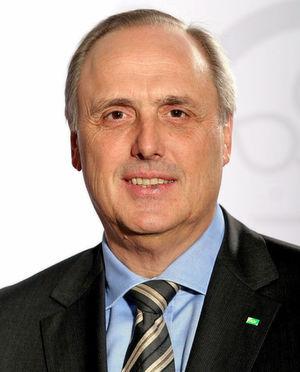AOK-Bayern-Chef Helmut Platzer: Gesundheitskarte in ihrer derzeit geplanten Form sinnlos