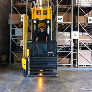 A s logcare qualifiziert mitarbeiter im logistikbereich for Koch lagertechnik