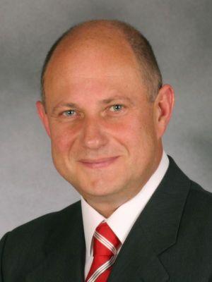Laut Infoniqa-Chef Thomas Strobel haben Kunden künftig die freie Wahl wie sie die HR-Systeme nutzen möchten.