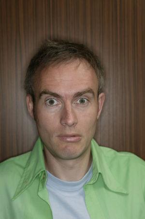 Der Komiker Johann König ist eines der Highlights der diesjährigen SynIT.