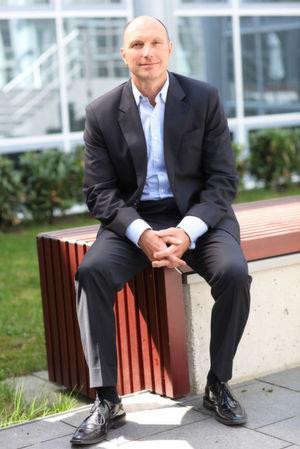Rainer Downar, Vice President für Central, Northern und Eastern Europe von Micro Focus, sieht Bedarf an Enterprise-Anwendungen und damit an Mainframe-Applikationen.