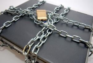 Nach einer Umfrage des TÜV Rheinland und WinMagic nutzen viele Unternehmen Notebooks ohne ausreichenden Verschlüsselungsschutz.