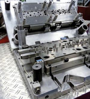 Der Stanzspezialist Härter in Königsbach-Stein gehört zu den führenden Unternehmen in diesem Bereich und besitzt eine ungemein hohe Kompetenz in Stanzteilen und im Werkzeugbau. Bild: Kuhn