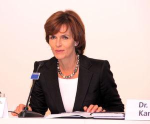 Dr. Nicola Leibinger-Kammüller, Vorsitzende der Geschäftsleitung appeliert an die Politiker, die Euro-Krise schnell und nachhaltig zu lösen. (Bild: Königsreuther)