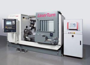 Gesinterte Keramik lässt sich drehen: Zusammen mit dem Fraunhofer IPT entwickelte A. Monforts Werkzeugmaschinen die Hybridmaschine «RNC 400 Laserturn», die Laser- und Drehbearbeitung kombiniert. (Bild: Monforts)