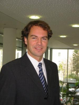"""Jörg Keller, Senior Product Manager bei BT Germany: """"Unser Angebot ist besonders für Geschäftskunden interessant, die unregelmäßig, manchmal besonders kurzfristig auf IT-Strukturen zugreifen müssen. Das ist aber keine Entweder-Oder-Entscheidung. Wir werden noch auf einige Jahre hinaus viele Hybrid-Lösungen sehen."""" (BT)"""