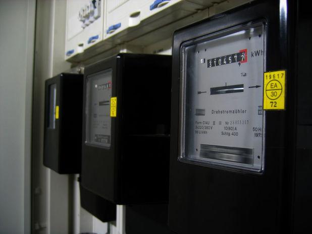 Ohne Gegenmaßnahmen und Managment-Tools laufen die Stromzähler im Rechenzentrum immer schneller.