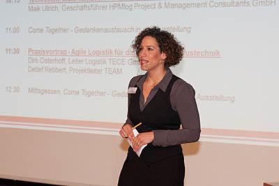 Beim Team-Logistikforum 2011 begrüßte Moderatorin Lissy Ishag das Publikum.