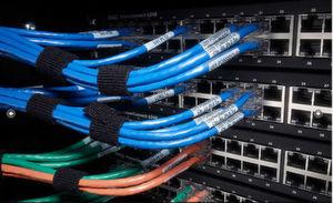 """Die Voreinstellungen der """"vStart 200""""-Bundle beziehen die Auszeichnung der Kabel mit ein. (Bild: Dell)"""