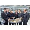 Wirtschaftsminister besucht Elektronikhersteller