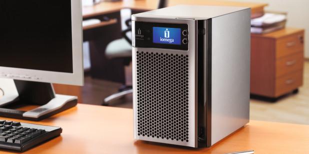 Das Iomega StorCenter px6-300d gibt es ab 799 Euro (UVP).
