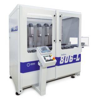 UniBore 806-L mit sechs Bearbeitungsstationen für hohe und prozesssichere Serienfertigungen in höchster Präzision. (Bild: Microcut Ltd.)