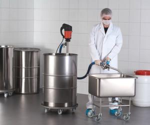Anwendungsbeispiel der Flux Foodpumpen, die den neuesten europäischen Sicherheitsstandards für Lebensmittel genügen. (Bild: Flux)