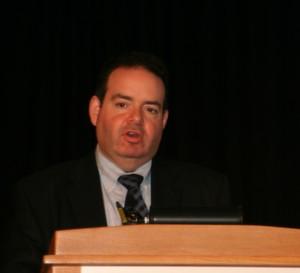 """Marc Casper, CEO von Thermo Fisher Scientific, sagt: """"Durch die Investition von 320 Millionen Dollar 2011 in die Entwicklung von neuen Instrumenten wollen wir den langfristigen Erfolg von Thermo Fisher Scientific sichern."""" (Bild: LABORPRAXIS)"""
