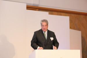 """""""Export alleine reicht nicht mehr, die Vorgabe lautet heute: Auf den ausländischen Märkten selbst aktiv werden!"""" mahnte VDMA-Präsident Dr. Thomas Lindner auf dem Außenwirtschaftstag. (Bild: Itasse)"""
