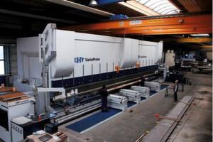 Mit der neuen Abkantmaschine will die Rime GmbH stärker in die Bearbeitung von Großteilen einsteigen. (Bild: Rime)