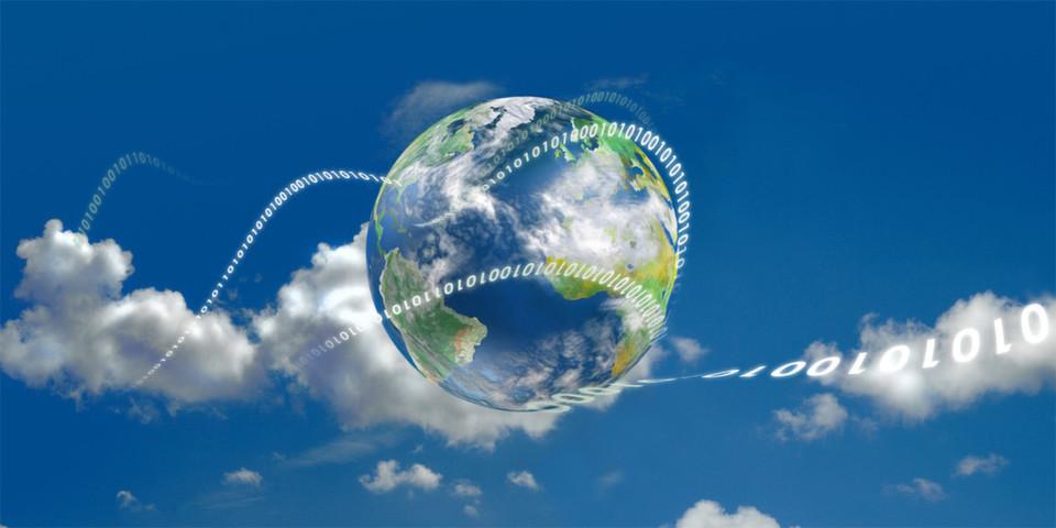 """Wie verändern Cloud Services, Hybridmodelle und Konzepte wie """"bring your own device"""" die Anforderungen an CIOs in Unternehmen? Ein Experte nimmt Stellung. (© T. L. Furrer - Fotolia.com)"""