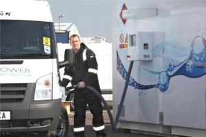 Wie sich Wasserstoff als Energieträger und -speicher nutzen lässt, ist auf dem Gemeinschaftsstand Wasserstoff + Brennstoffzellen zu sehen. Bild: ITM Power