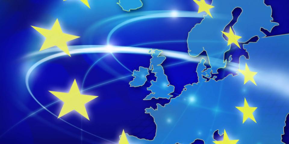 Die EU ebnet den Weg für den Zugriff auf Kundendaten: für Rechteinhaber und staatliche Behörden.