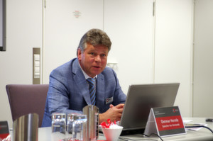 """""""Wir verzeichnen eine rege Nachfrage nach unseren größeren Maschinen"""", sagte Dietmar Hermle, Vorstandssprecher der Hermle AG."""
