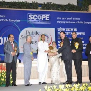 Sudhir Vasudeva, CMD, ONGC receives the Gold Trophy of SCOPE Meritorious Award for Environmental Excellence & Sustainable Development for the year 2010-11
