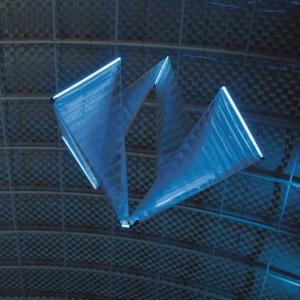 """Das Future Concept """"SmartInversion"""" ist ein mit Helium gefülltes Flugobjekt, das einer Gliederkette gleicht und sich durch seine eigene Umstülpung fortbewegt."""