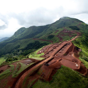 Rio Tinto and Chinalco's listed subsidiary, Chalco, have completed the formation of their joint venture to develop and operate the Simandou iron ore project in Guinea.