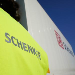 DB Schenker Logistics ist auf der Suche nach einem Übernahmekandidaten. Im Fokus stehen Europa und Schwellenländer.