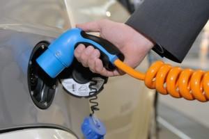 Elektromobilität bezahlbar machen - mit Automatisierung.