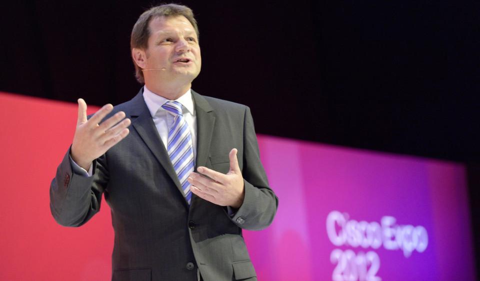 """Die disjährige Cisco-Kongress-Messe stand unter dem Motto """"Freedom of Choice"""". Carlo Wolf, Vice President und Cisco Geschäftsführer Deutschland, eröffnete die Cisco Expo 2012 in Berlin, zu der rund 2700 Besucher kamen. Themen waren Mobility, Cloud Computing und Automatisierung auf einer Plattform: dem Netz."""
