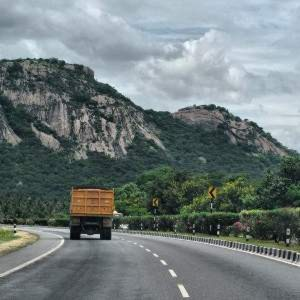 The transport of hazardous chmicals in India needs improvement, insiders say.