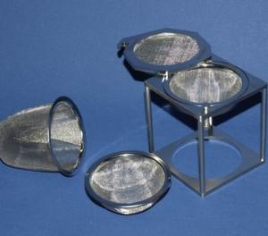 Miniatur-Waschkörbchen für die Kleinteile-Reinigung