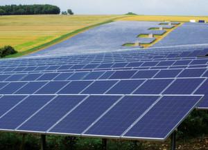 Der Hamburger Systemanbieter Conergy und TÜV Rheinland schließen eine Partnerschaft und arbeiten bei der Zertifizierung von Photovoltaik-Großanlagen künftig eng zusammen.