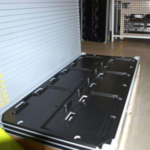 Inlay des Lager- und Transporttablars für die Li-Ion-Batterien.