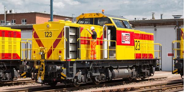 Die Hybridtechnik von Alstom ist in allen Rangierdienstbereichen einsetzbar. Maximal leistet die Lok 600 kW.