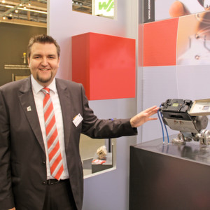 """Diagnosis is a trend - even for simple on/off valves,"" states Markus Günther, head of Samson's product department."