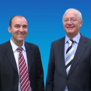 Blicken optimistisch in die Zukunft: Die beiden Hörmann-Geschäftsführer Steffen Dieterich (links) und Lothar Krech.