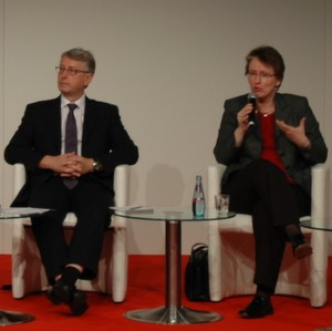 Left to right: Dr. Thomas Epprecht (Zumikon, Switzerland) and Dr. Gaby Fleur Böl (BfR).