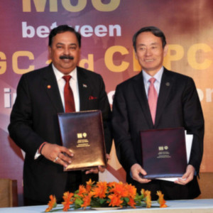 Sudhir Vasudeva, CMD, ONGC (Left) and Jiang Jiemen, Chairman, CNPC