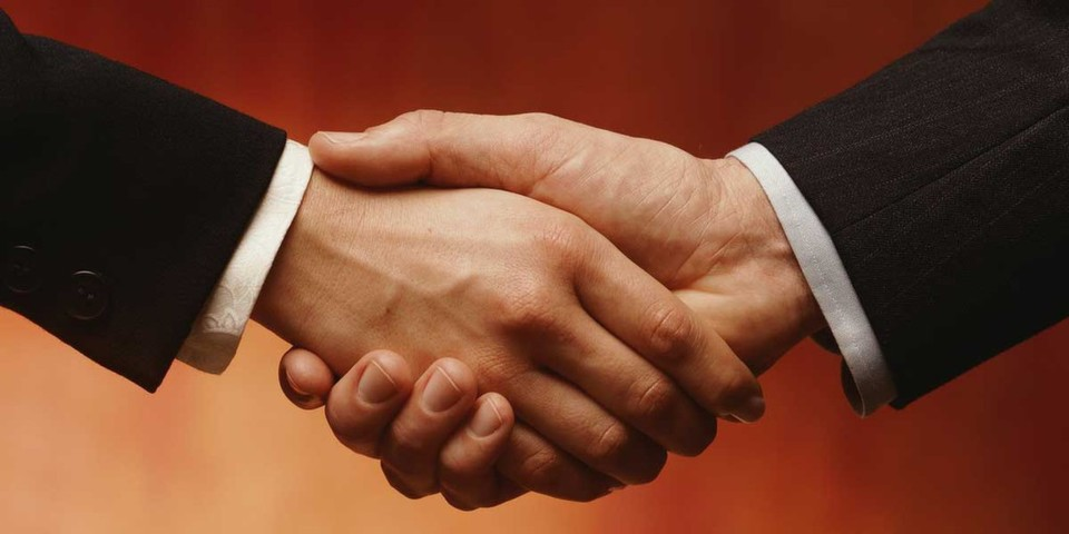 Dell übernimmt Quest Software. Beide Unternehmen haben sich auf einen Preis von 28 US-Dollar pro Quest-Aktie geeinigt.