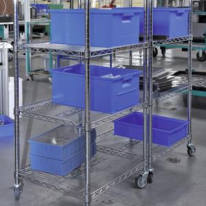 Die Rollwagen aus der Kombix-Serie von LKE gewährleisten ein flexibles und ergonomisches Arbeiten in der Produktion.