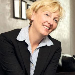 EMC-Geschäftsführerin <b>Sabine Bendiek</b> gibt auf dem EMC Forum 2012 einen <b>...</b> - 4
