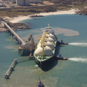 LNG terminal in Australia. Currently, India is busy to establish an LNG handling and transport capacity due to an expected demand for this fuel.