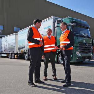 BSH-Hausgeräte setzt auf umweltfreundliche Logistikkonzepte – beispielsweise durch den Einsatz von Lang-Lkw.