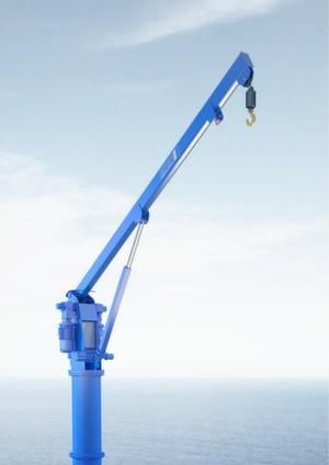 Elektromechanik statt Hydraulik hebt bei dem Auslegerkran von Pfaff-Silberblau Lasten bis 5 t.