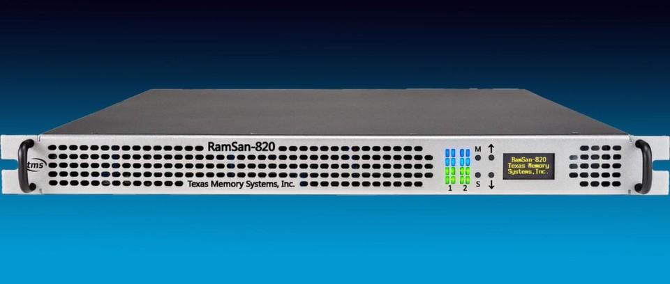 """Mit 24 Terabyte in einer Höheneinheit ist nach TMS-Angaben das Produkt """"RamSan-820"""" das Flash-SSD-Gerät, das auf dem Markt ist. Der Vorgänger wurde unter der Bezeichnung """"RamSan-720"""" vermarktet."""
