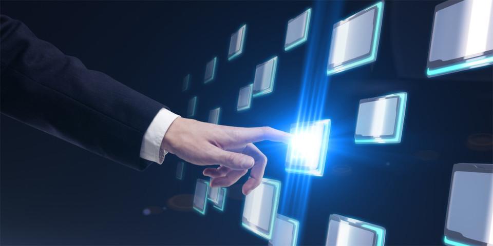 Die Public Cloud Services von Google, Microsoft und Oracle. Google führt mit Compute Engine Units (GCEU) neue Währungseinheiten ein, Microsoft verblüfft mit eigenen Zeiteinheiten und Oracle mit neuen Cloud Social Services.